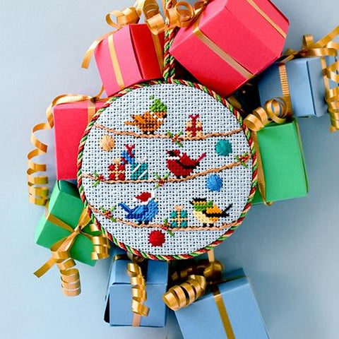 Birds with Christmas Gifts Kit & Online Class Online Classes Alice Peterson Company