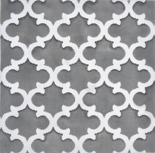 Quatrefoil Gray / White Painted Canvas Associated Talents