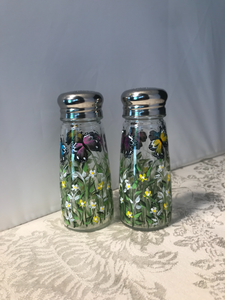 Hand Painted Butterfly Salt and Pepper Shakers with Daisies for House Warming, Hostess, and Birthday Gift