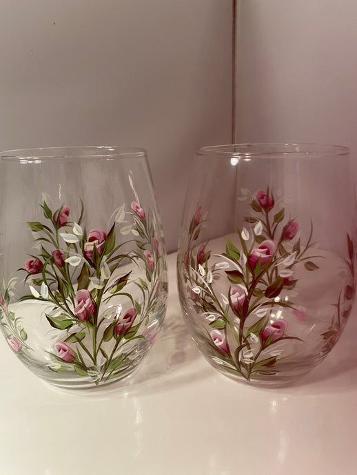 Hand Painted Rose Stemless Glasses.  Pink Rose Bud Glasses.  Painted Stemless Wine with Pink Rose Buds.