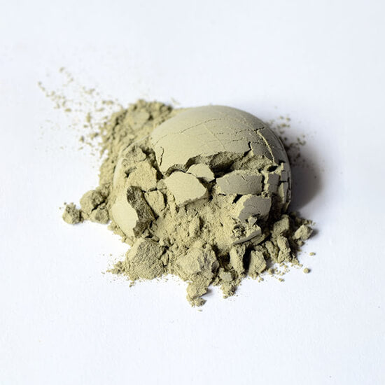 green clay natural skincare ingredient
