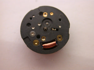 Y520 MOVEMENT COMES TESTED WITH NEW BATTERY
