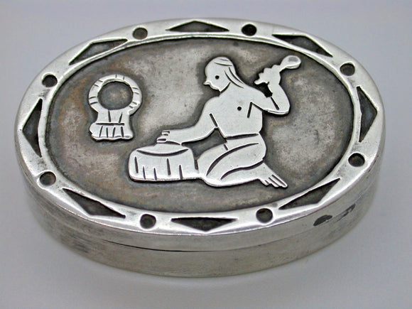 Beautiful Vintage Mexican Made Silver Box Tribal Design Collectable Item 9.5g