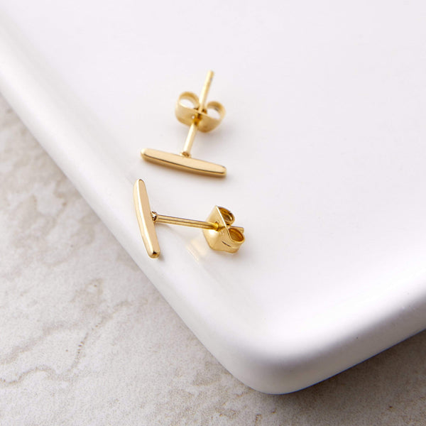 Essential Pillar Stud Earrings - Nominal