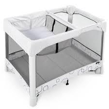 4Moms Breeze Classic Playard with Bassinet and Travel Bag
