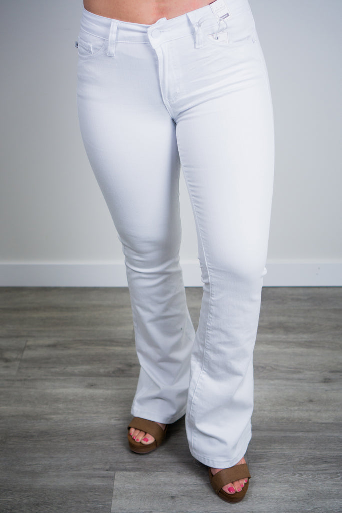 Judy Blue White Flare Jean