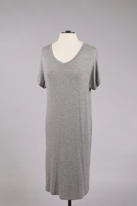 Basic V-Neck Dress in Grey