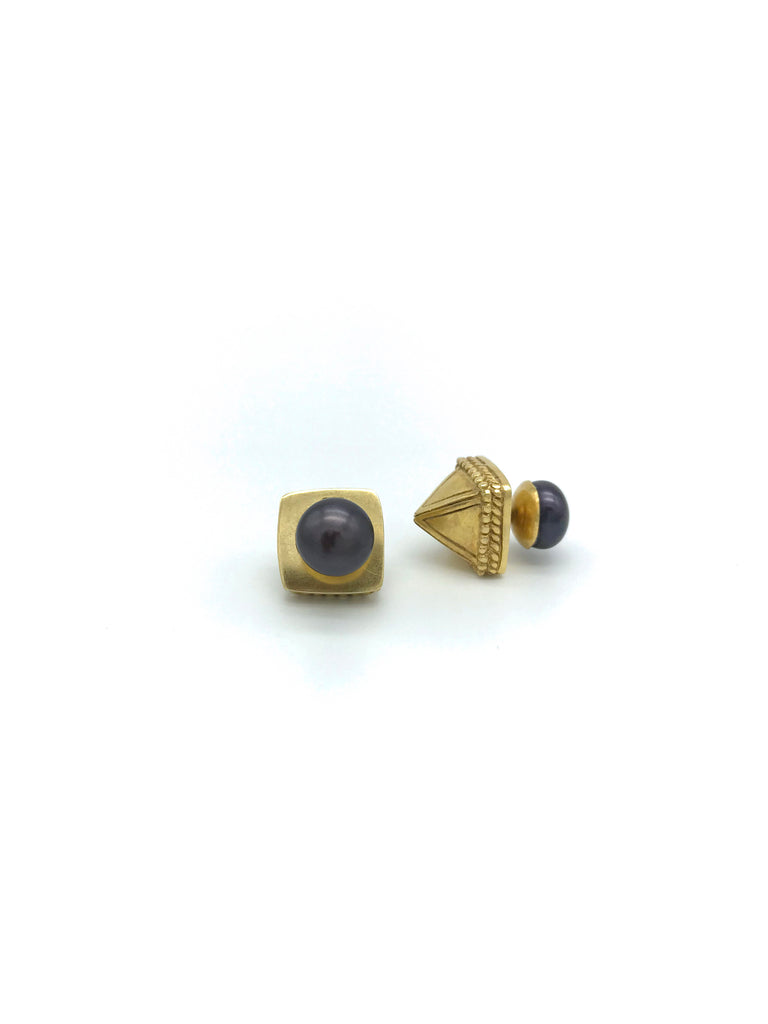 Gold Pyramide, Black Pearl Earring