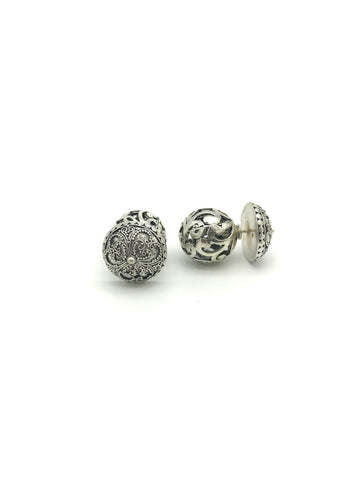 Silver Globe, Floral Disk Earring