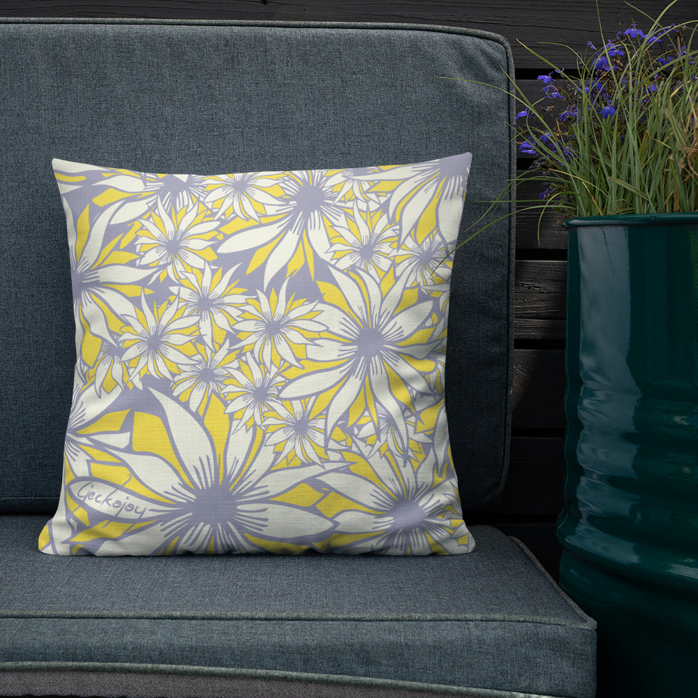 White Daisy Outdoor Pillow-Geckojoy