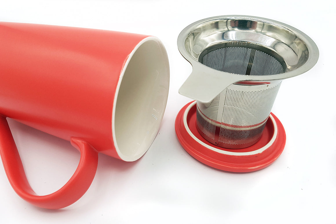Tasse-à-thé-rouge-Red-Tea-cup