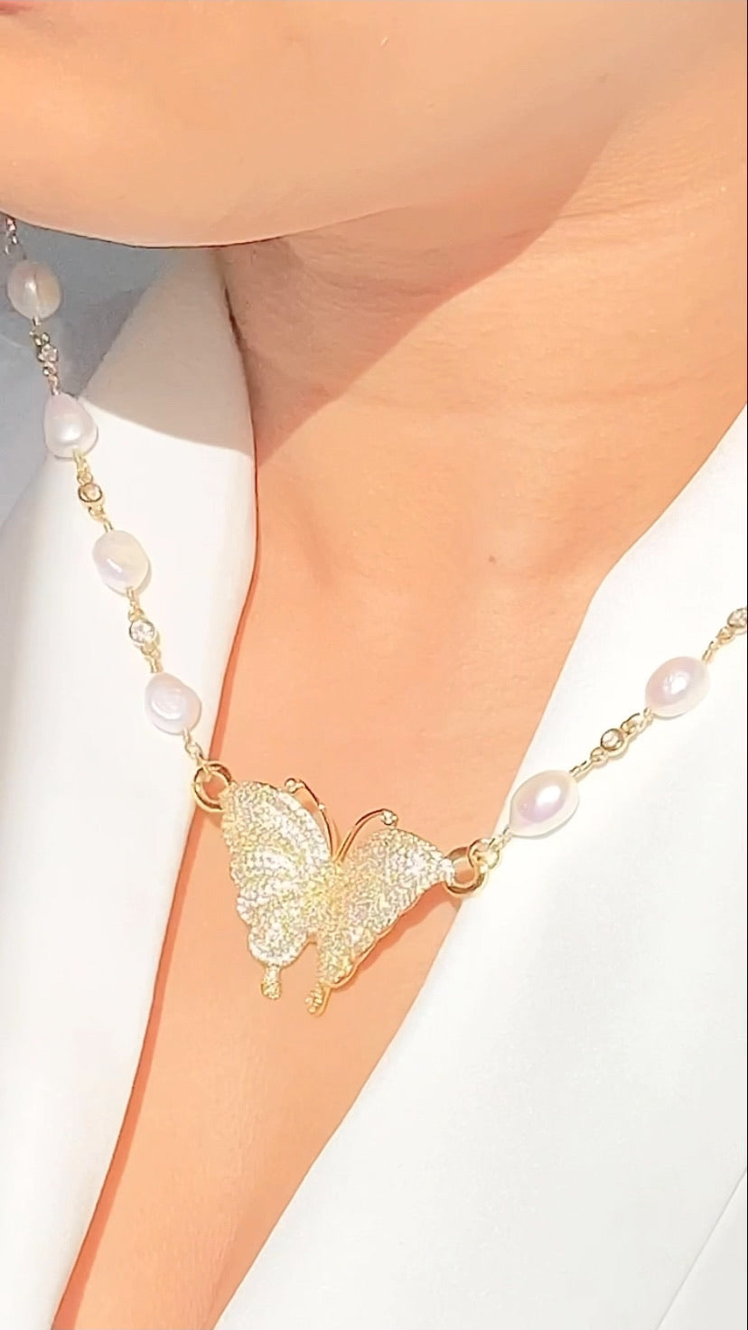 Pearly Wings Necklace