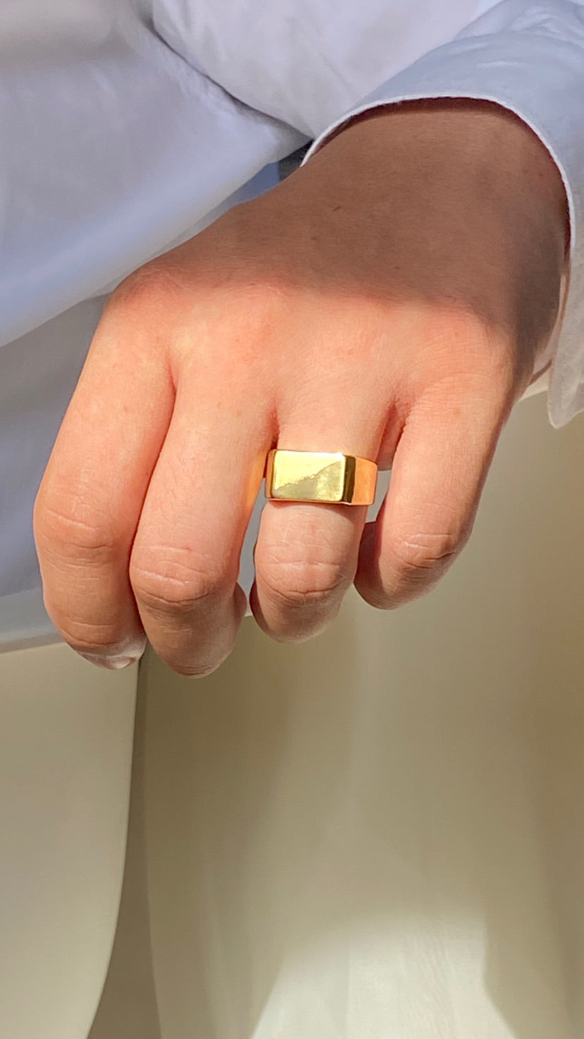 Square Face Ring | Gold