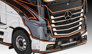Mercedes-Benz Actros MP4-1:24 Revell 7439