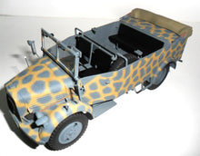 1/35 L1500A (Kfz.70) WWII German personnel car - Hobby Sense