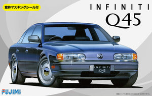 1/24 Infiniti Q45 w/Window Frame Masking Seal