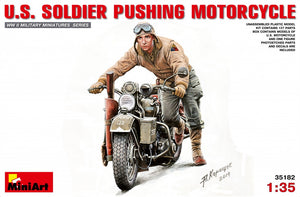 1/35 U.S. Soldier Pushing Motorcyclе - Hobby Sense