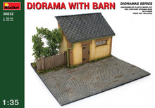 1/35 Diorama with Barn - Hobby Sense