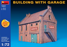 Building with Garage - Hobby Sense