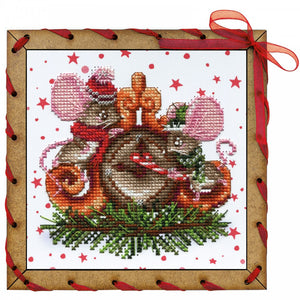 "Post Card Embroidery Kit ""New Year Pranks"" - Hobby Sense"