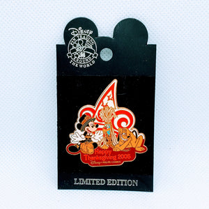Happy Thanksgiving 2005 - Mickey and Pluto Pin