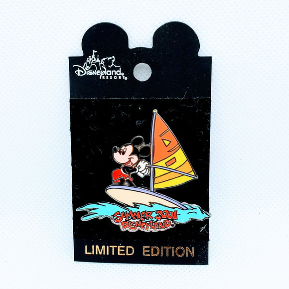 Mickey Sailing - Summer 2001 Pin