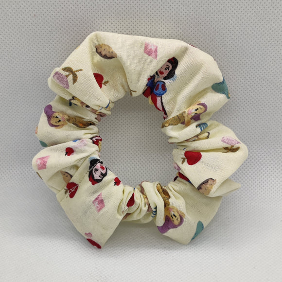Snow White Scrunchie