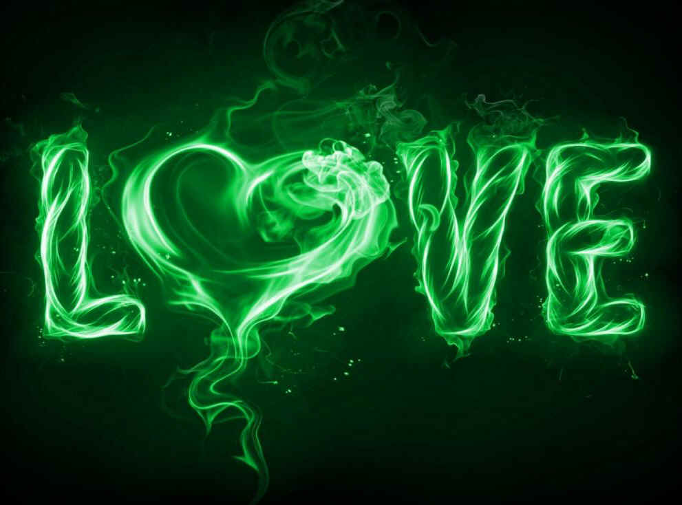 For the love of Green click here @ Green Life Cannabis Canada. Free shipping over $150+