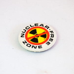 anti war button nuclear free zone pinback vintage