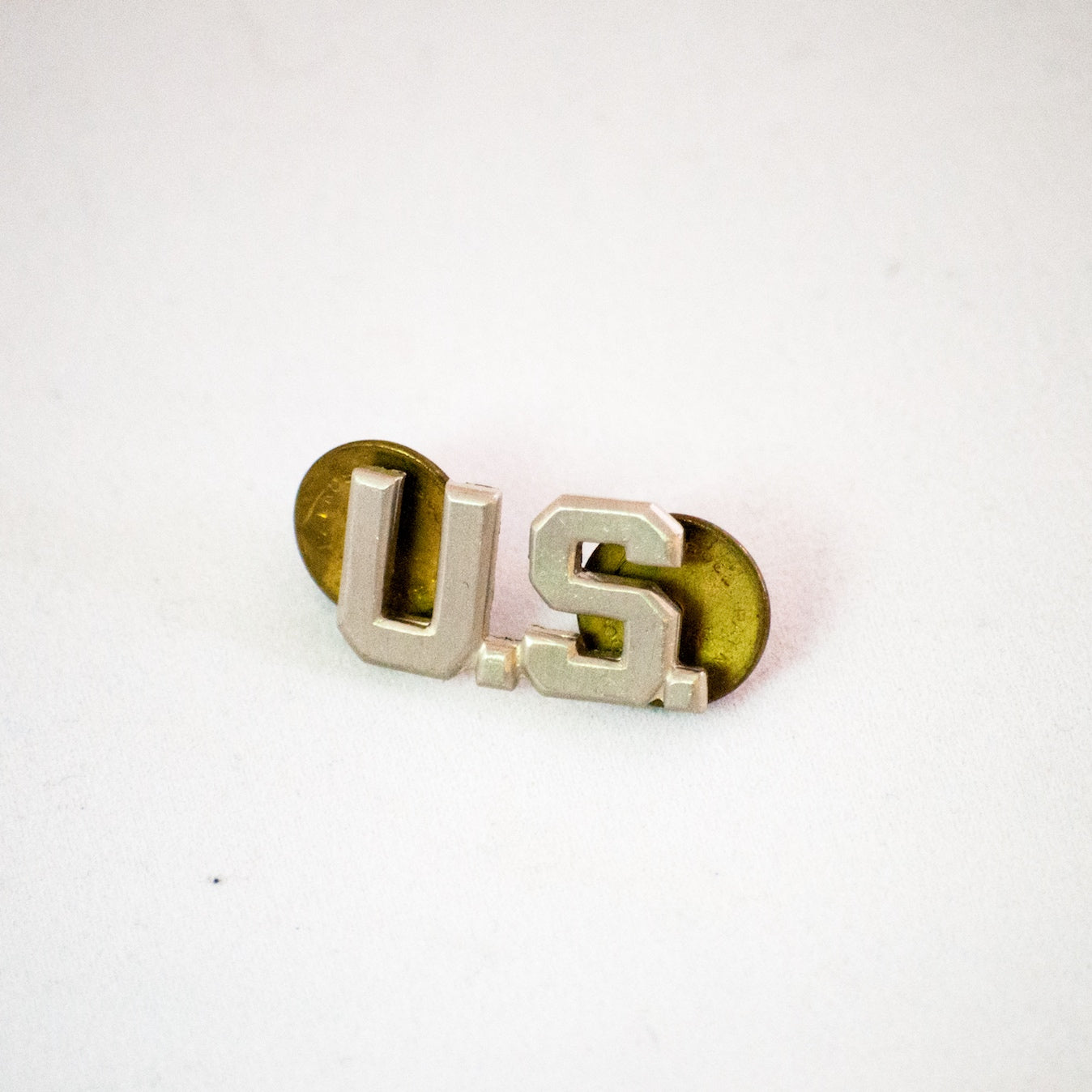 vintage usa military army pins goods