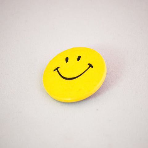 old vintage button smile face pin