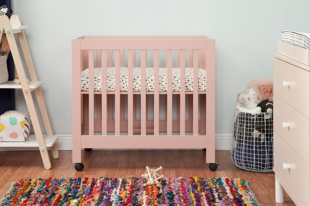 M6698LP,Origami Mini Crib In Petal Pink