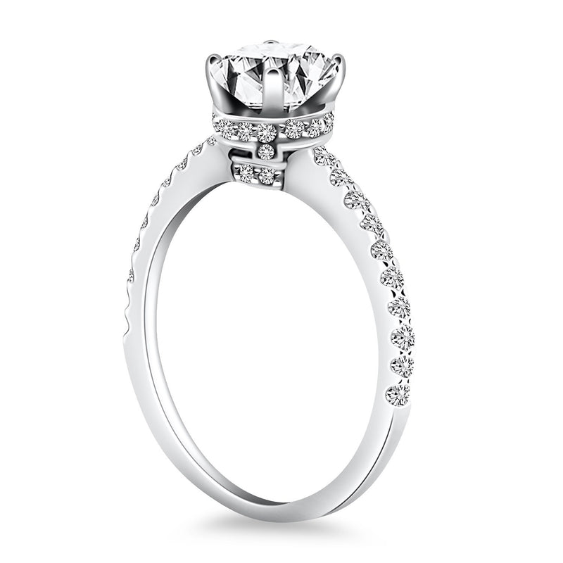14k White Gold Diamond Collar Engagement Ring, size 7.5 | Kipe it