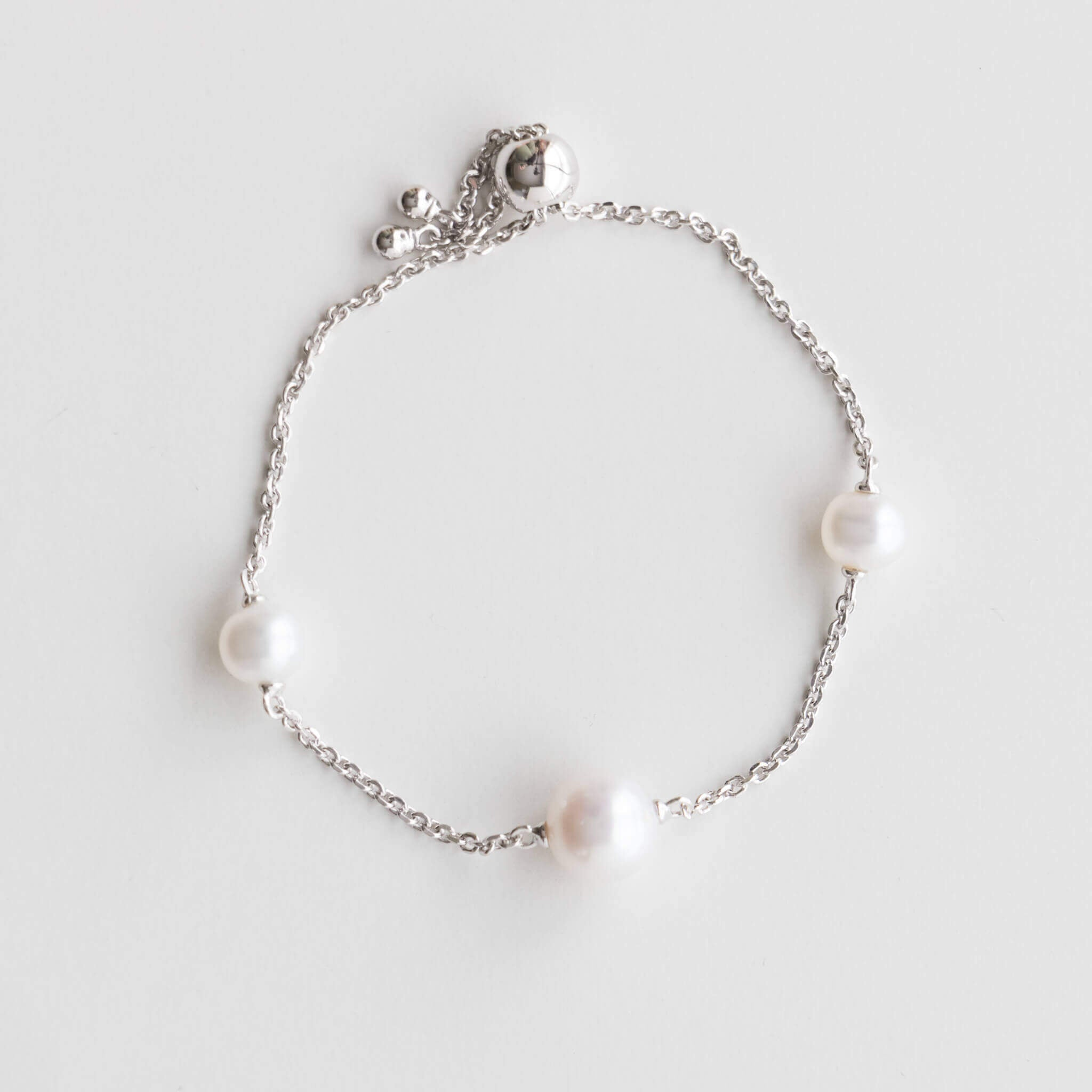 Sterling Silver Bolo Bracelet with 6.5mm to 9mm White Pearls