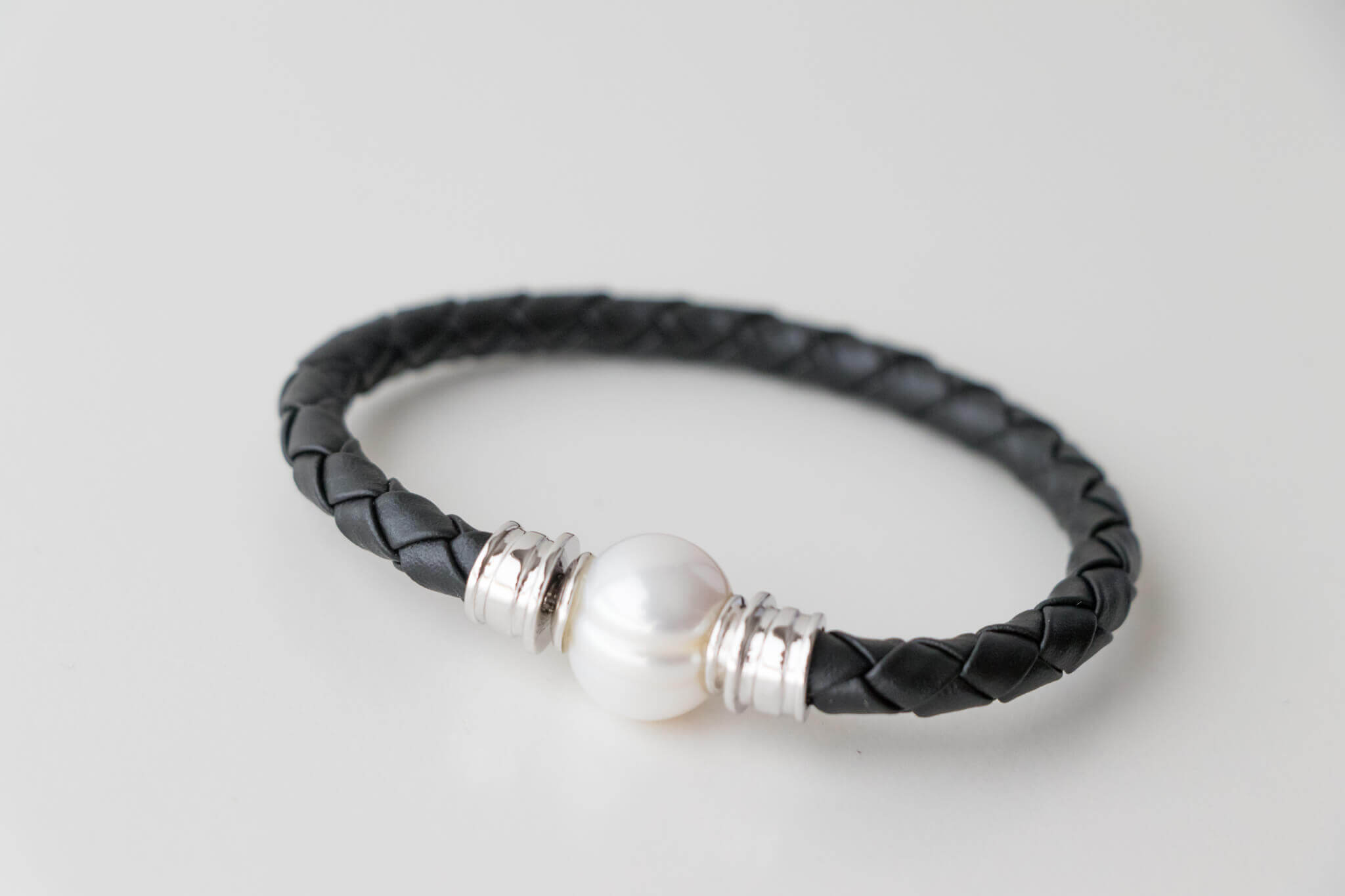 Sterling Silver and Italian Leather Bracelet with 13mm Pearl