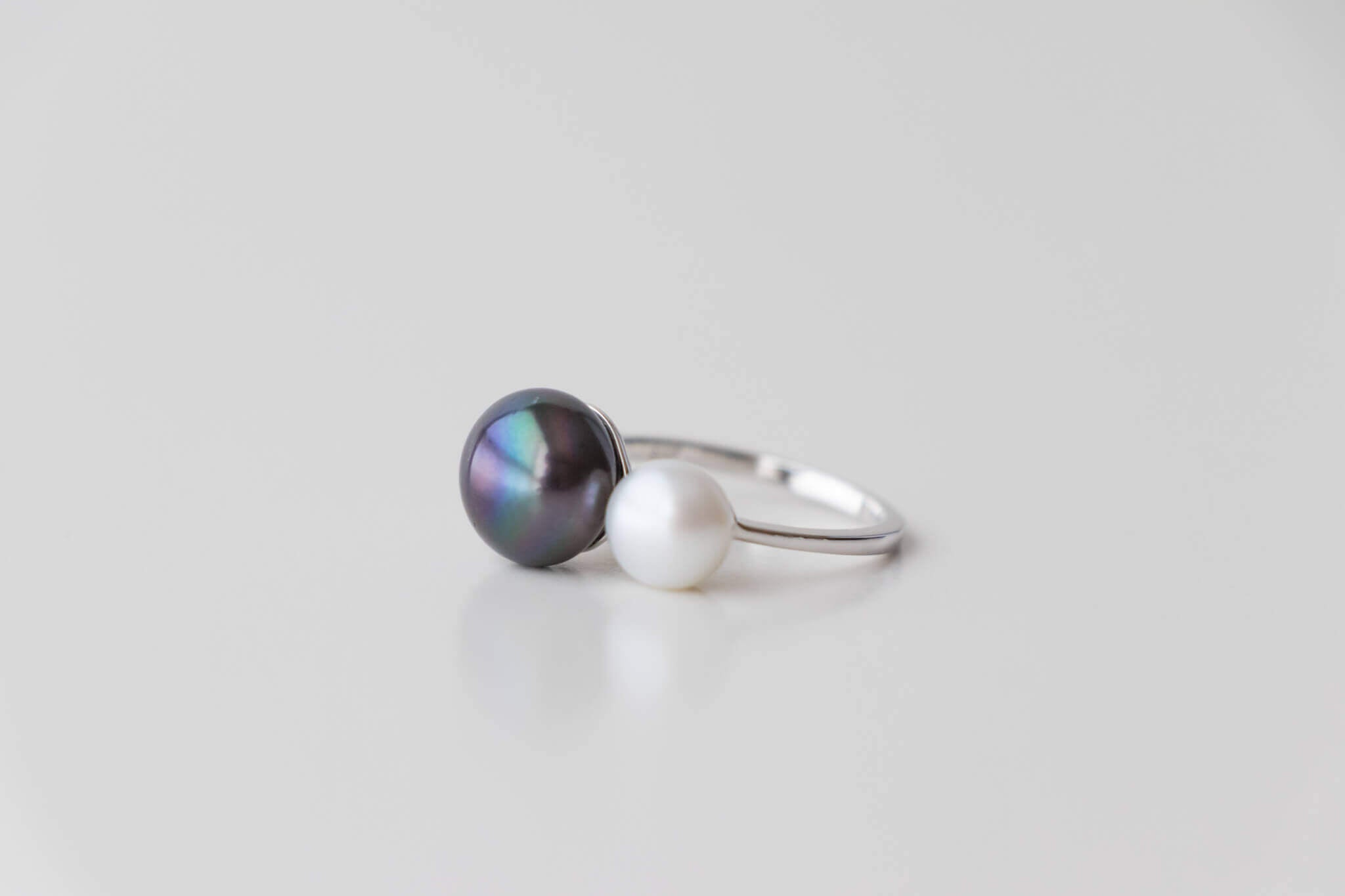 Sterling Silver Ring with 7-7.5 White & 10 -10.5 mm Peacock Pearls