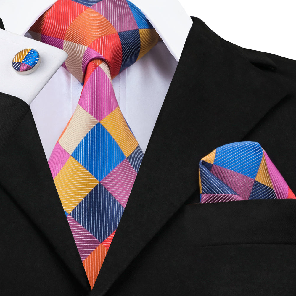 Outstanding Plaid Tie Pocket Square Cufflinks Set
