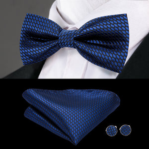 Load image into Gallery viewer, Blue Solid Bowtie Pocket Square Cufflinks Set