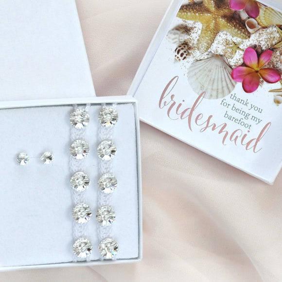 Barefoot bridesmaids gift box with earrings and barefoot sandals