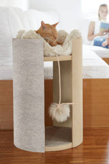 Land of Meow - MiaCara Torre Cat Tree with Cat
