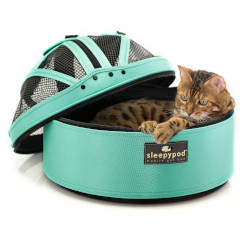 Land of Meow - SleepyPod Carrier with Cat