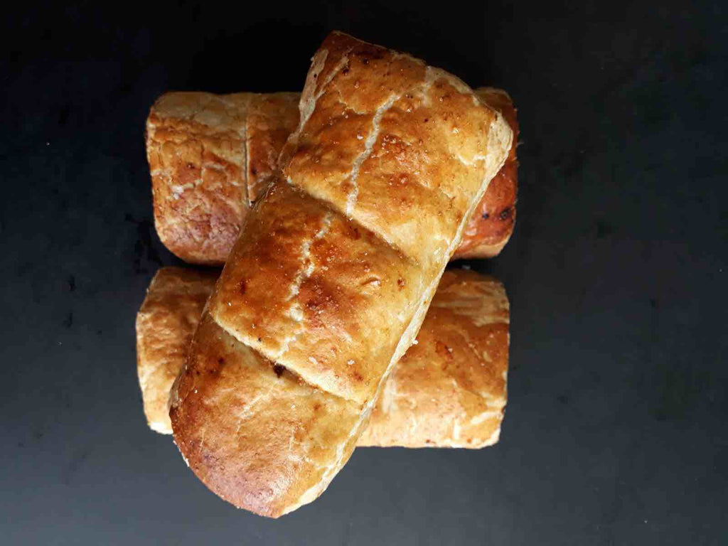 Quails Beef & Caramelised Onion Sausage Roll