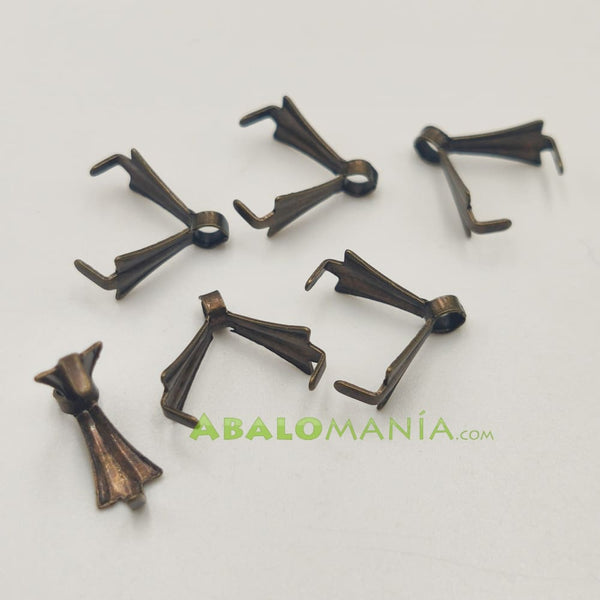 Anilla triangular / Color oro antiguo / 11mm x 3mm / Paquete de 6 unidades