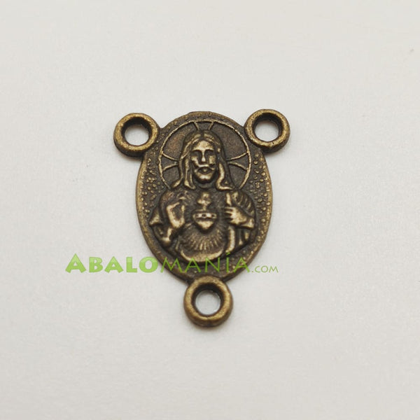 Ave María / Modelo 11 / Color dorado antiguo / 19mm x 16mm