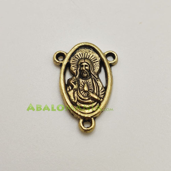 Ave María / Modelo 9 / Color dorado / 22mm x 15mm