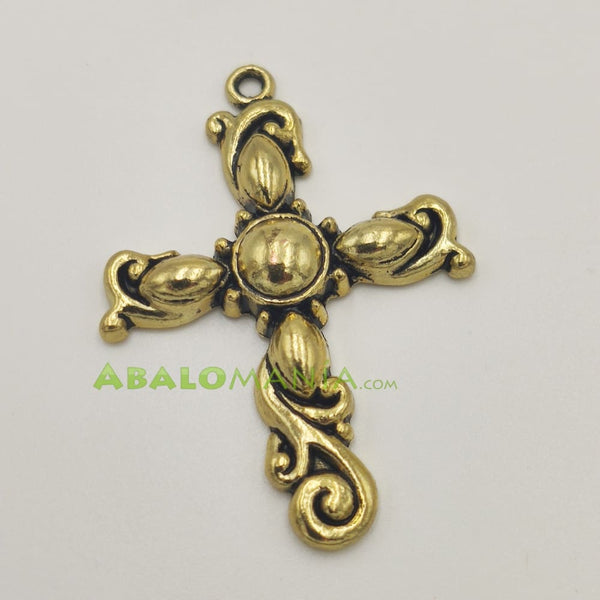 Crucifijo / Modelo 4 / Color dorado / 45mm x 32mm