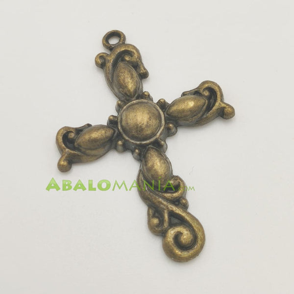 Crucifijo / Modelo 4 / Color dorado antiguo / 45mm x 32mm
