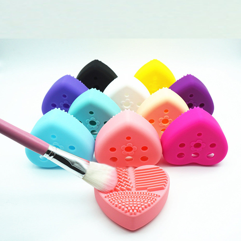 E. C. Specials!!!!!      Silicone brush stand and cleaner 2 in 1