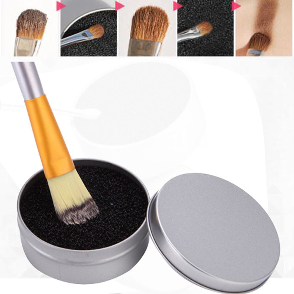Portable Makeup Brush Powder Removing Sponge Brush Cleaner