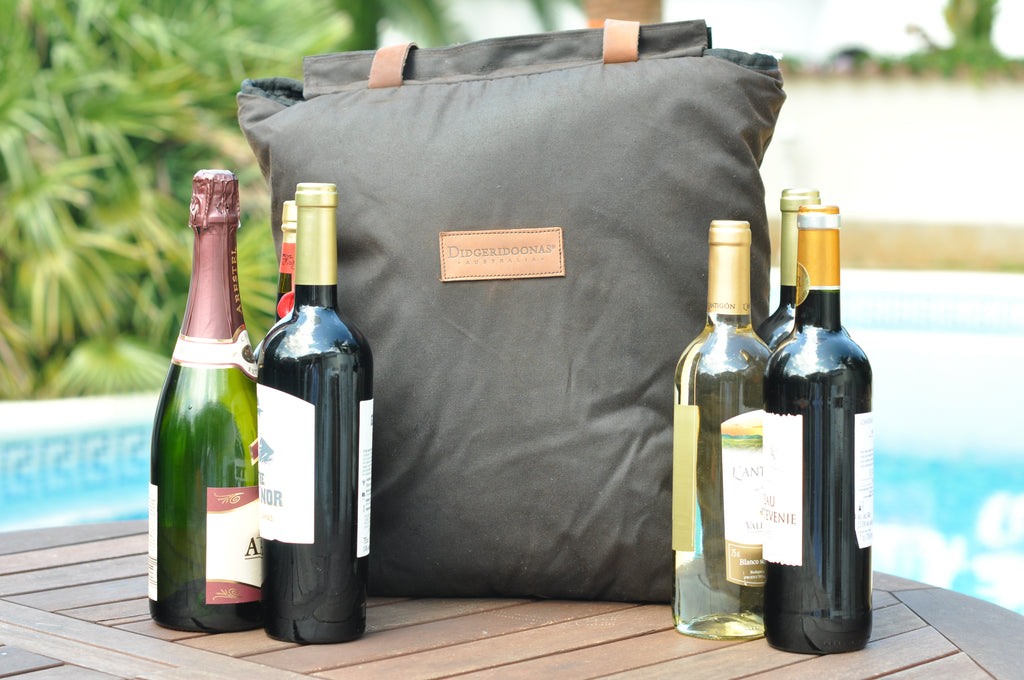 The Australian Cooler Bag – 6 Bottle